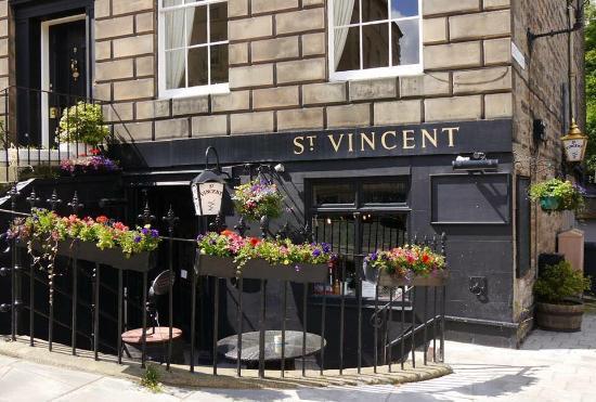 Dewan Lisensi mengeluarkan peringatan kepada St Vincent Bar